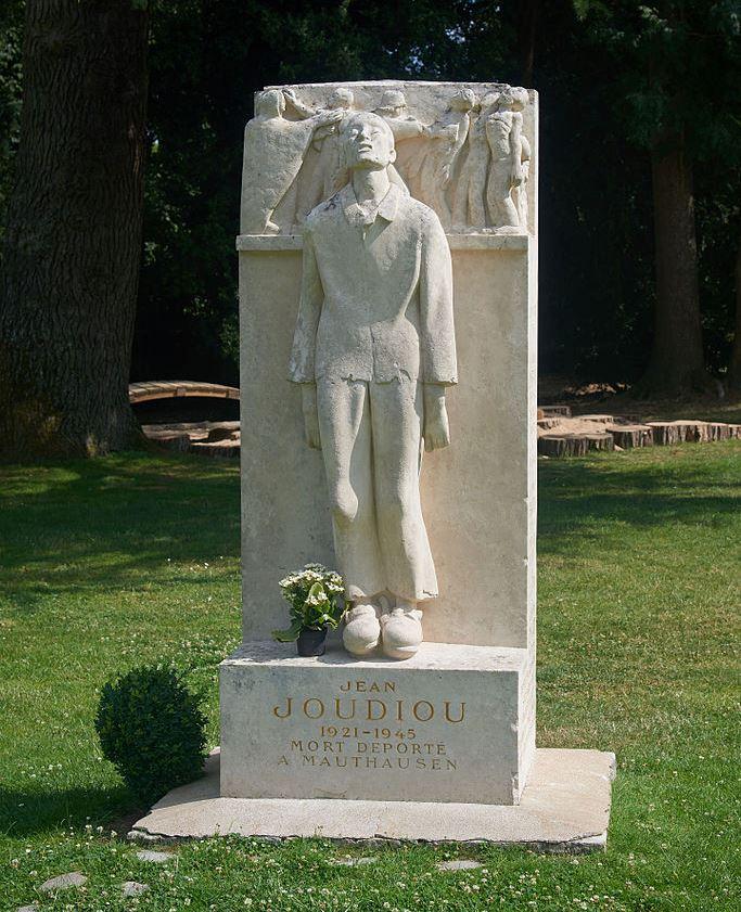 Memorial Victims of Concentration Camps Châteauneuf-sur-Loire