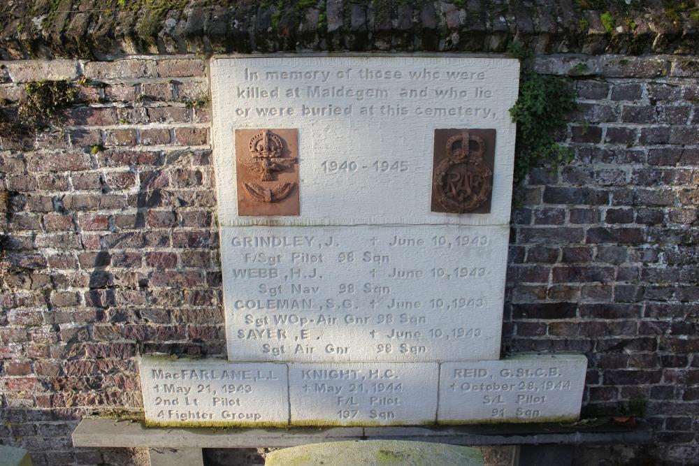 Plaque Commonwealth Municipal Cemetery Maldegem