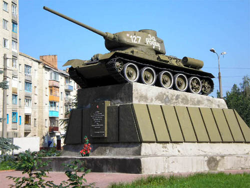 Bevrijdingsmonument (T-34/85 Tank) Bila Tservka