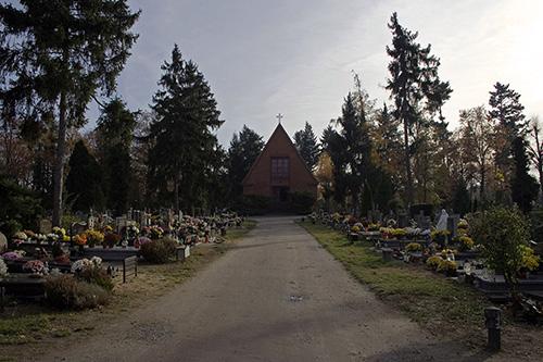 Graven Poolse Veteranen Begraafplaats Swietej Rodziny