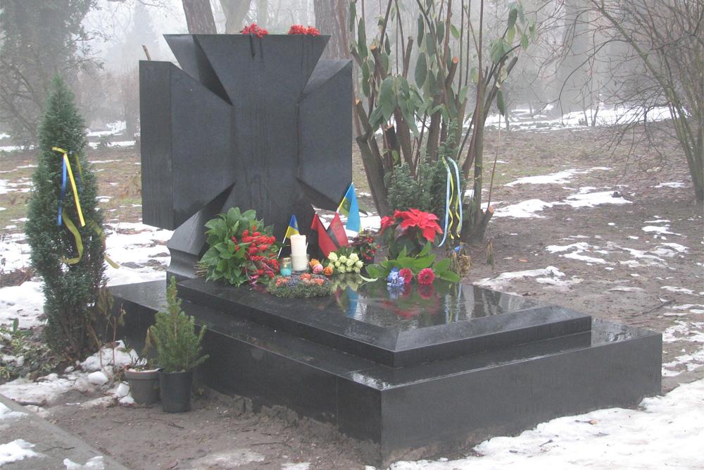 Graf Kolonel Yevhen Konovalets