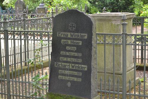 Duitse Oorlogsgraven Dorotheenstädtischer Friedhof