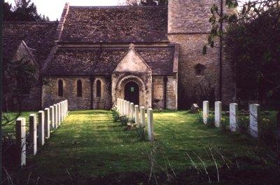 Commonwealth War Graves Saint Laurence Churchyard
