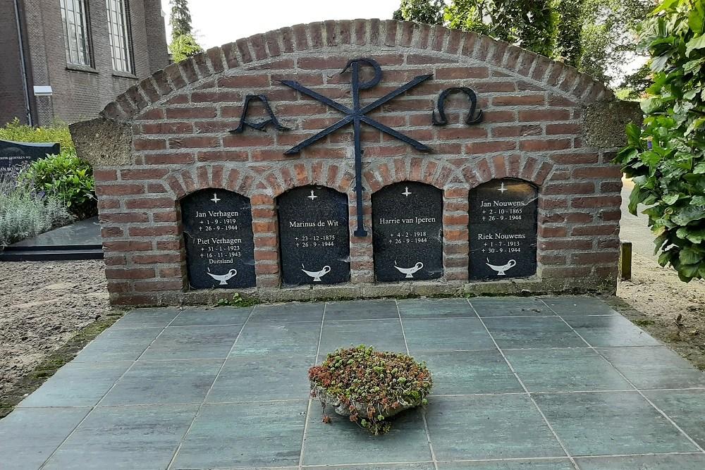 Nederlandse Oorlogsgraven Rooms Katholieke Begraafplaats Dinther