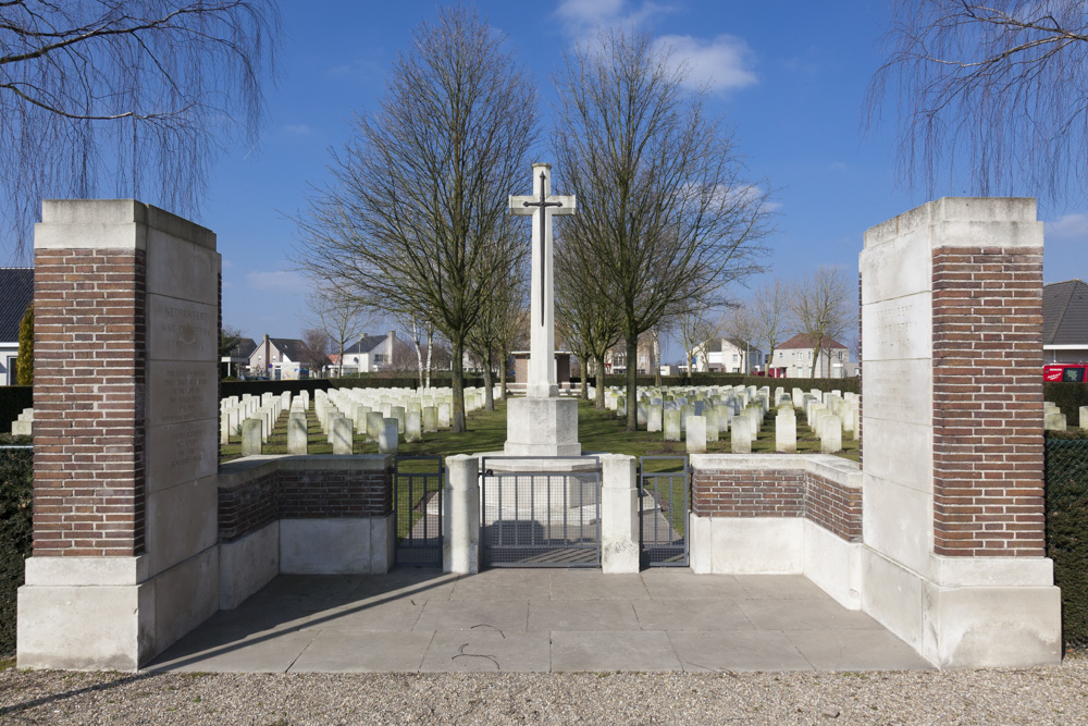 Commonwealth War Cemetery Nederweert