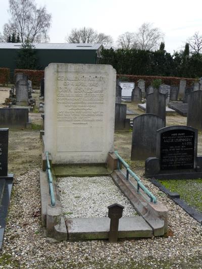 Dutch War Grave Garderen