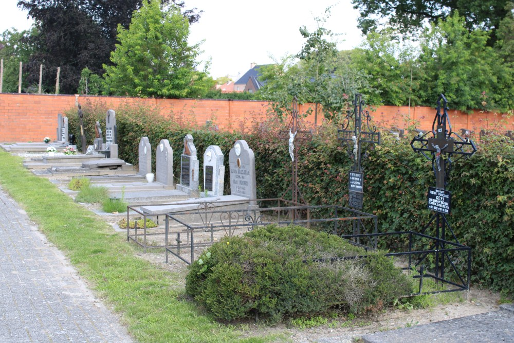 Veteran War Graves Eksel