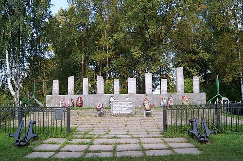 War Cemetery Airmen Baltic Fleet Murino
