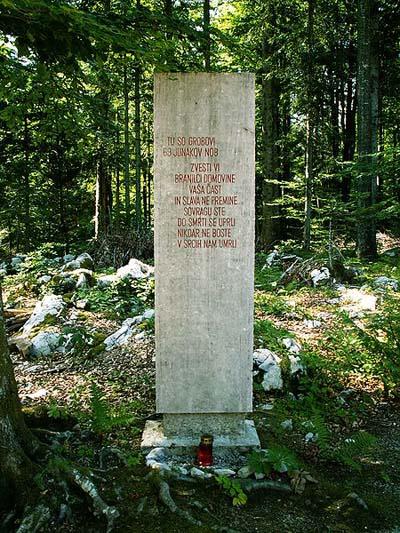 Partizanen Oorlogsbegraafplaats Zgornji Hrastnik