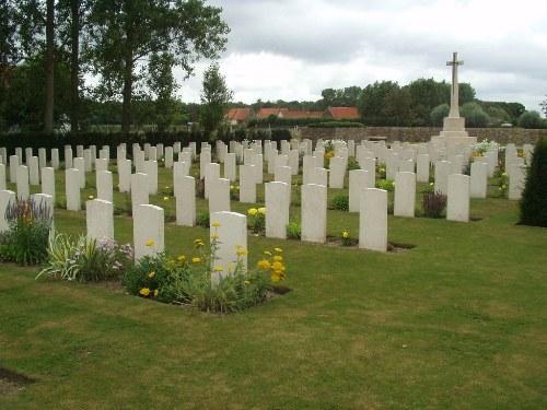 Oorlogsbegraafplaats van het Gemenebest Tannay