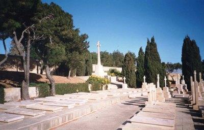 Oorlogsgraven van het Gemenebest Pembroke