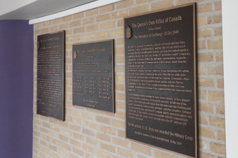Plaques Queen's Own Rifles of Canada Oostburg