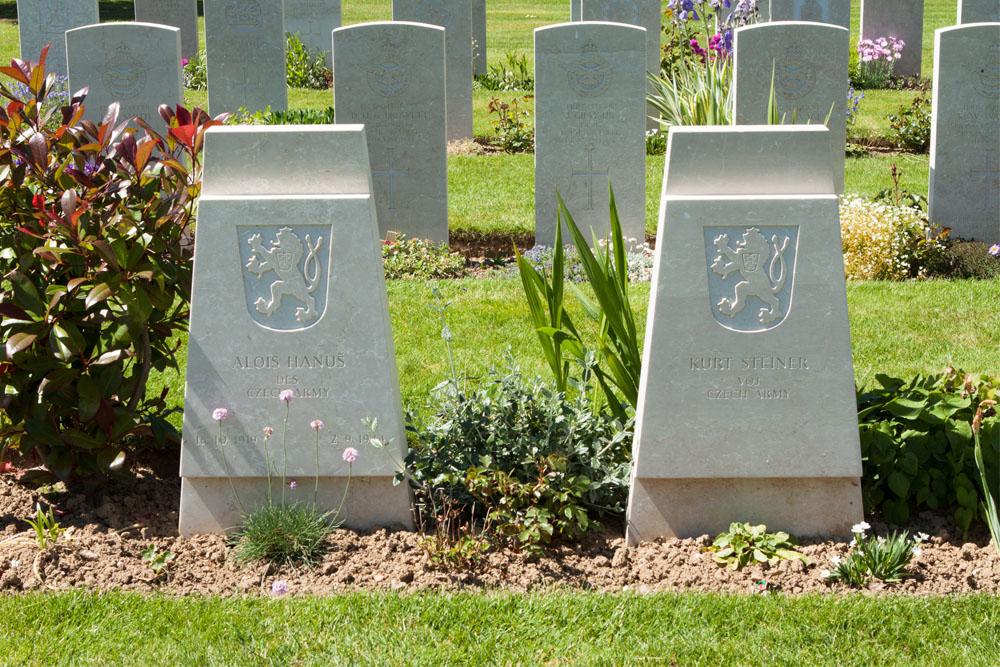 Tsjechoslowaakse Oorlogsgraven Bayeux