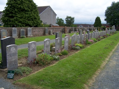 Commonwealth War Graves Newmachar Cemetery