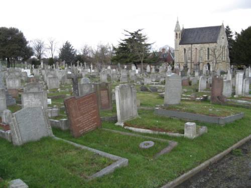 Oorlogsgraven van het Gemenebest Charlton Cemetery