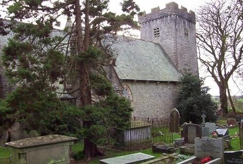 Oorlogsgraf van het Gemenebest St Mary Churchyard
