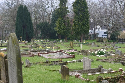Commonwealth War Graves Stroud New Cemetery