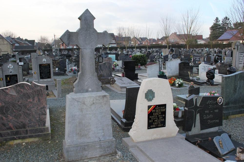 Belgian War Graves Churchyard Herzele