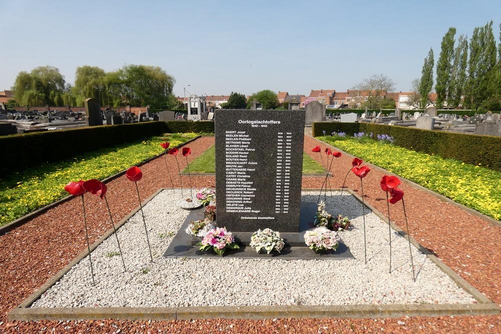 Oorlogsmonument Begraafplaats Menen