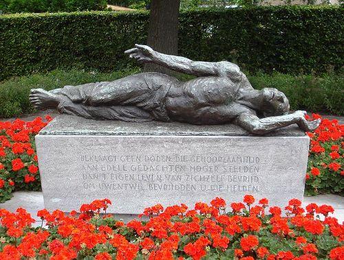 War Memorial Naaldwijk