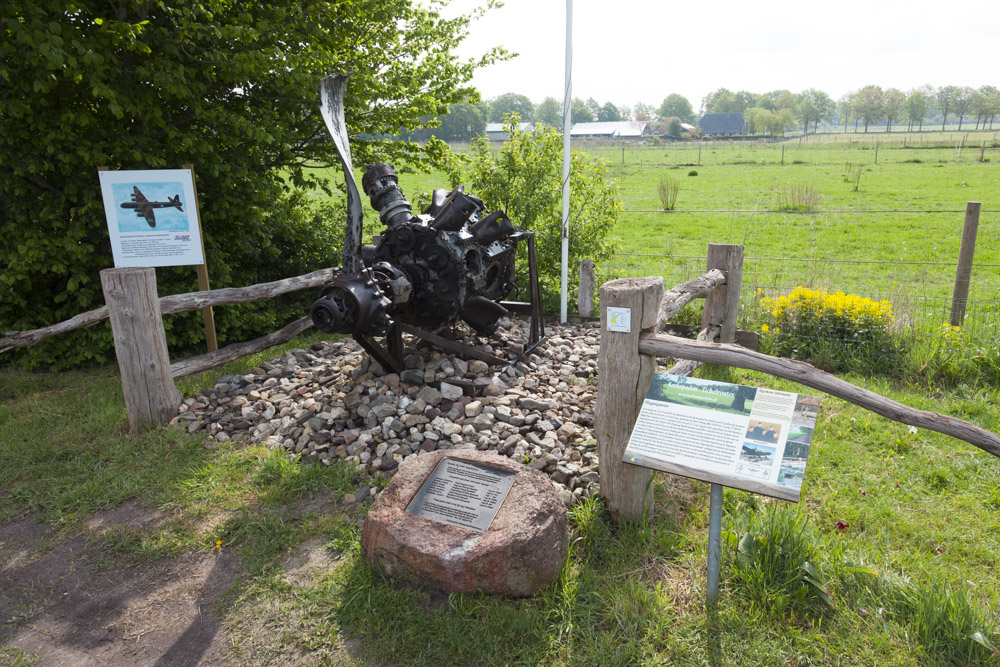 Monument Crash Short Stirling Bommenwerper Markelo