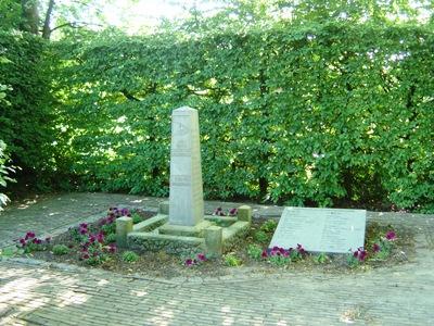 Monument 28e R.I. - 10 mei 1940