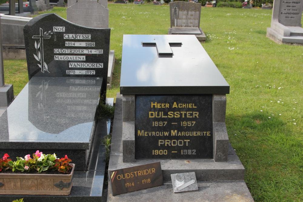 Veteran War Graves De Mokker Koekelare