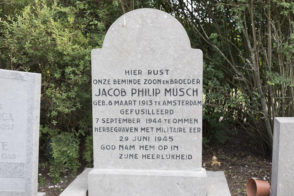 Nederlandse Oorlogsgraven Algemene Begraafplaats Ommen