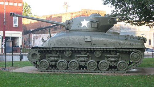 M4A1(76)W HVSS Sherman Tank Brownstown