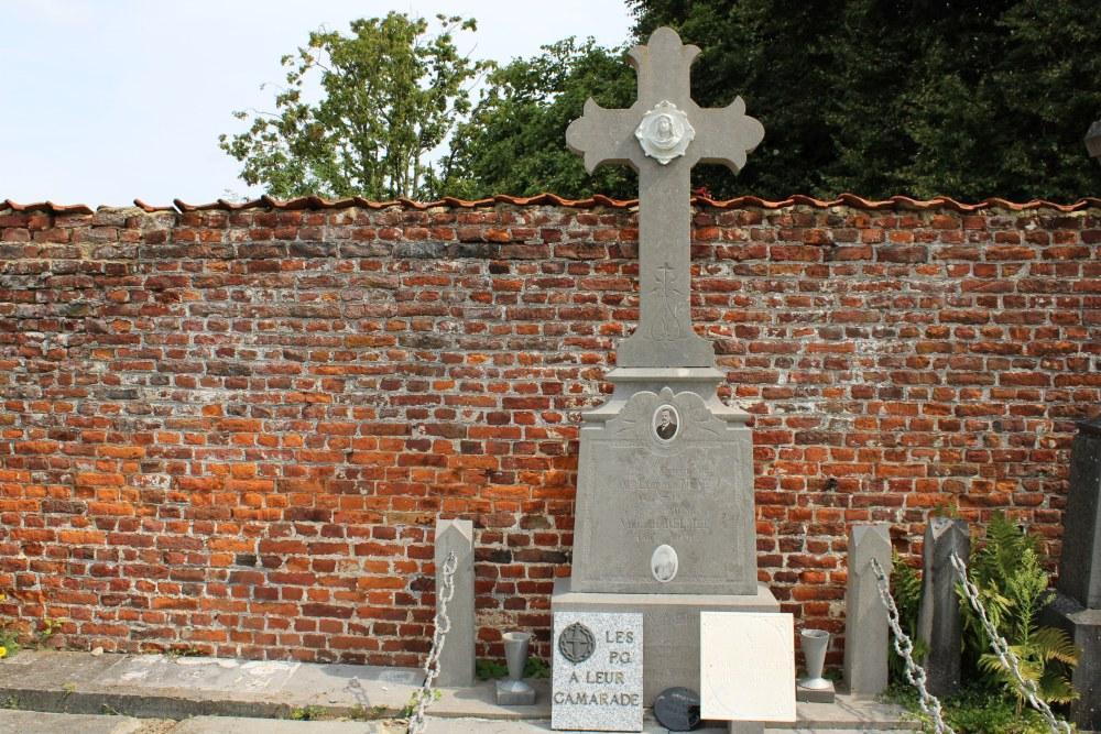 Veteran War Graves Chapelle-à-Oie
