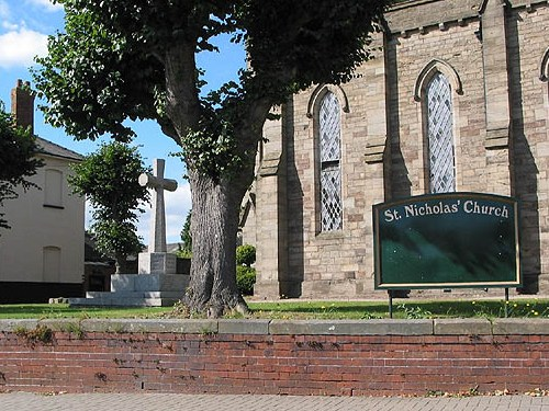 Oorlogsmonument St Nicolas Church