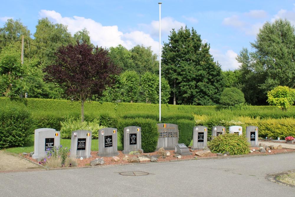 Memorial and Veteran War Cemetery Hever