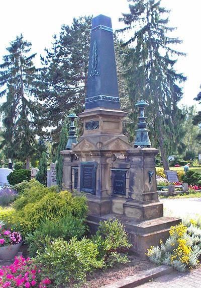 German War Graves Hauptfriedhof Neustadt