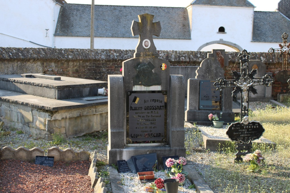 Graves Executed Resistance Fighters Jandrain