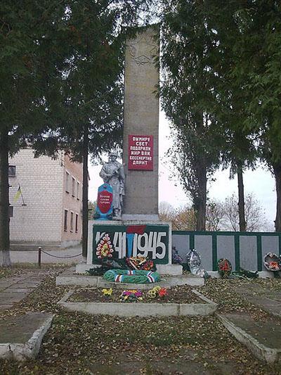 Massagraf Sovjetsoldaten 1944