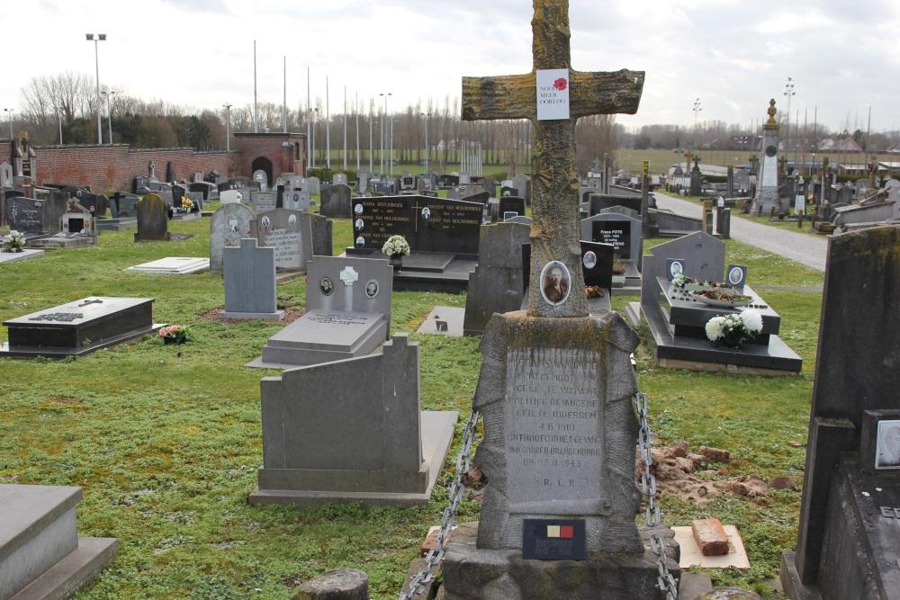Grave Executed Resistance Fighter Denderhoutem