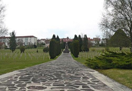 Franse Oorlogsbegraafplaats Bar-le-Duc