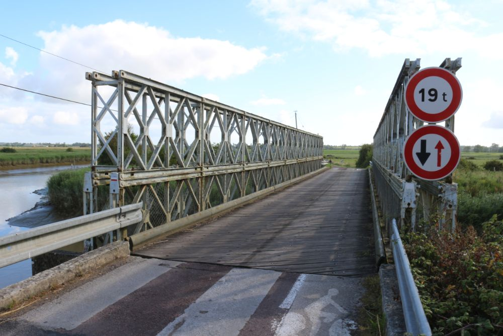 Bailey Bridge Saint-Hilaire-Petitville
