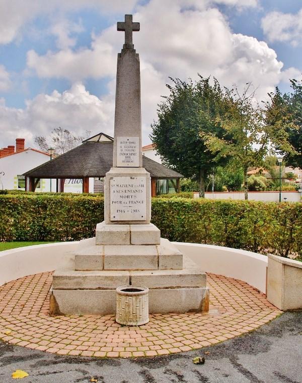 War Memorial Saint-Maixent-sur-Vie