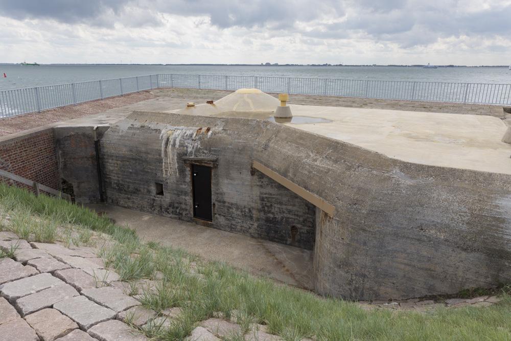 Stützpunkt Leuchtenburg - Artillery observation bunker Type 143 Flushing