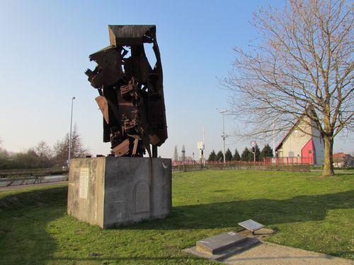 Peace Memorial Moerbrugge