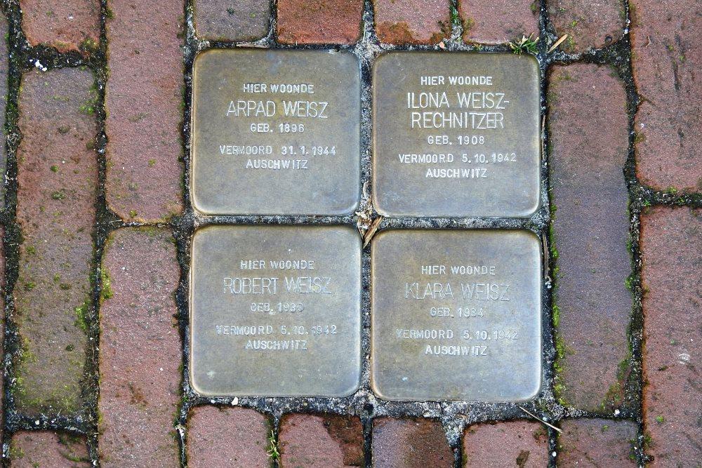Opdat ze toptrainer Weisz (1896-1944) bij DFC maar nooit zullen vergeten