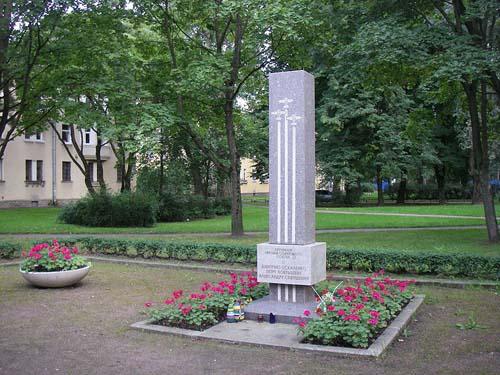 Monument Sovjet Helden Piloten