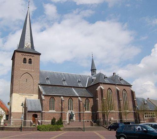 Oorlogsmonument Sint-Petruskerk