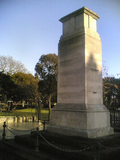 Oorlogsmonument Southall
