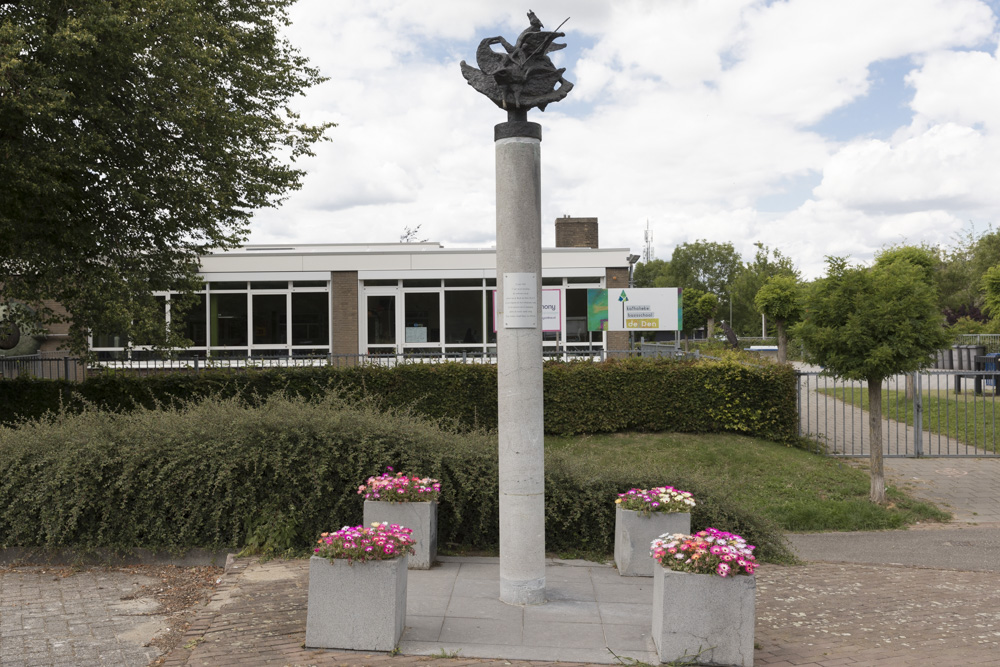 Monument Royal Air Force Mheer