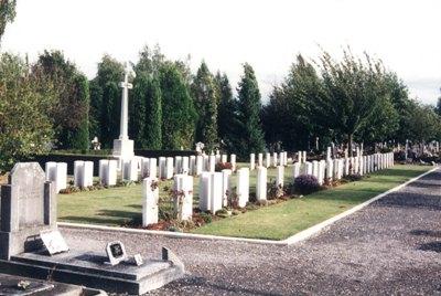 Oorlogsgraven van het Gemenebest Cambrai