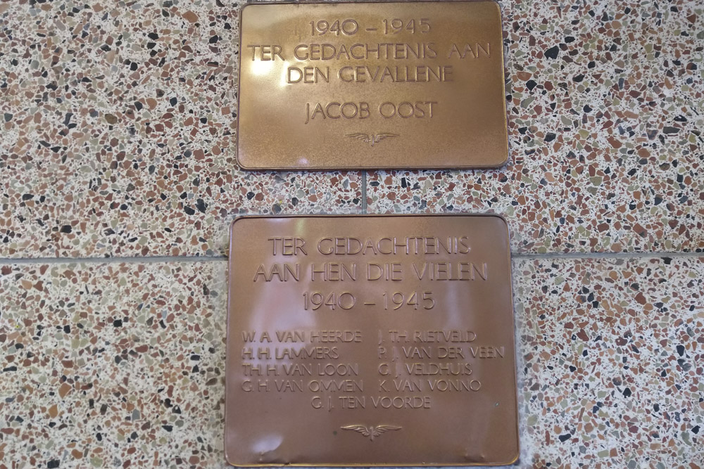 Plaques Killed NS Employees Hengelo