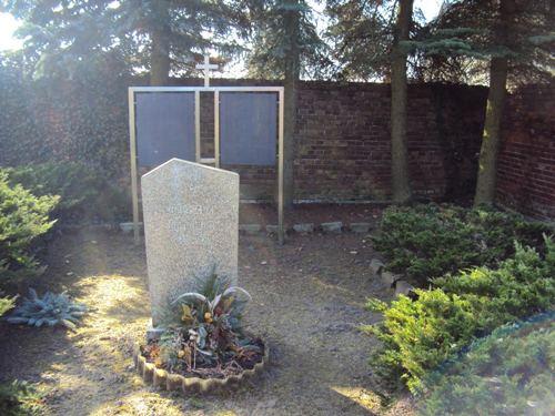 Duitse Oorlogsgraven Diedersdorf
