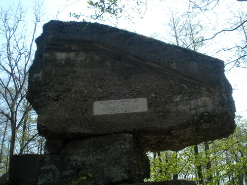 Monument Generaal-majoor N.A. Dedaeva